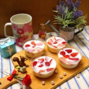 苺のミルクヨーグルトゼリー