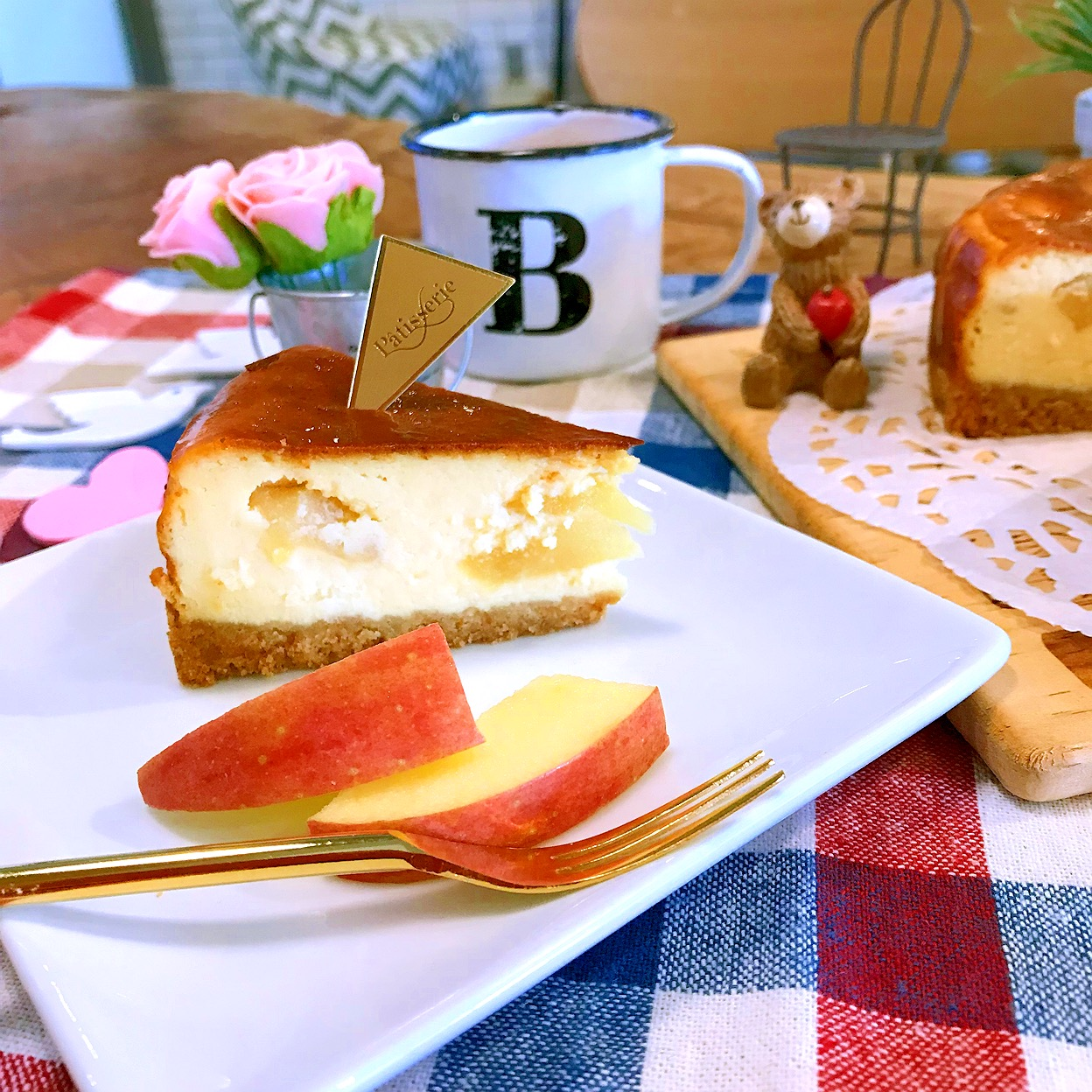 apple baked cheesecake